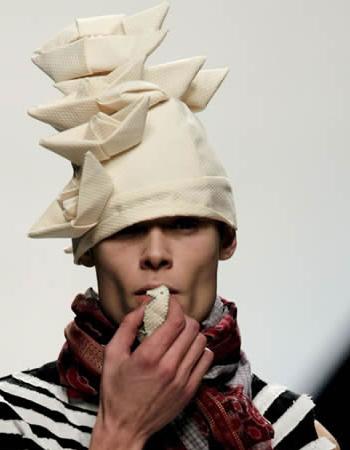 Cibeles - detalle sombrero de Isabel Mastache