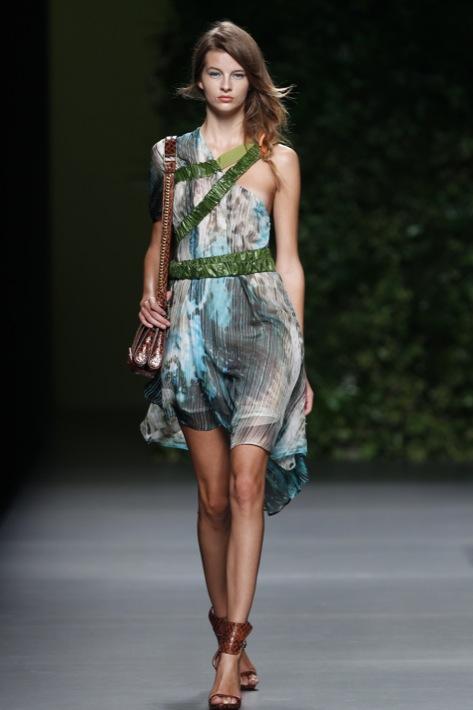 Cibeles Madrid Fashion Week - Devota & Lomba Primavera 2011