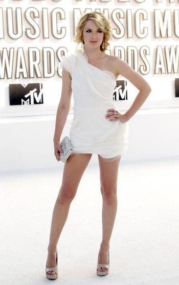 MTV Video Music Awards 2010 - Kirsten Prout