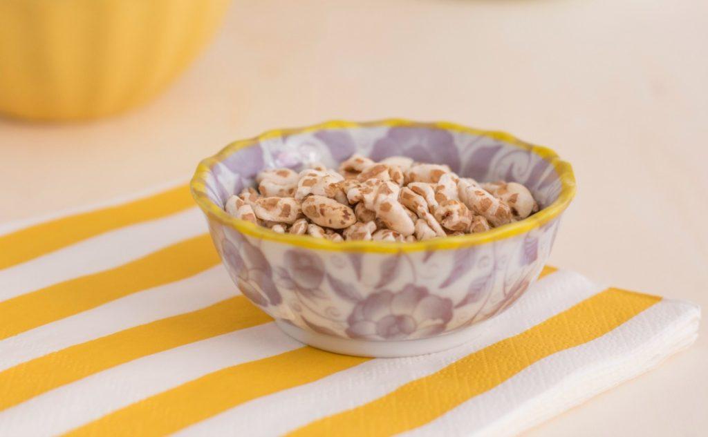 Desayuno sano con cereales - espelta inflada