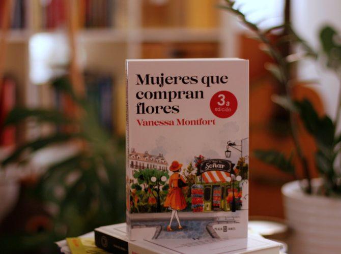Libros 2017 miredcarpet Mujeres que compran flores