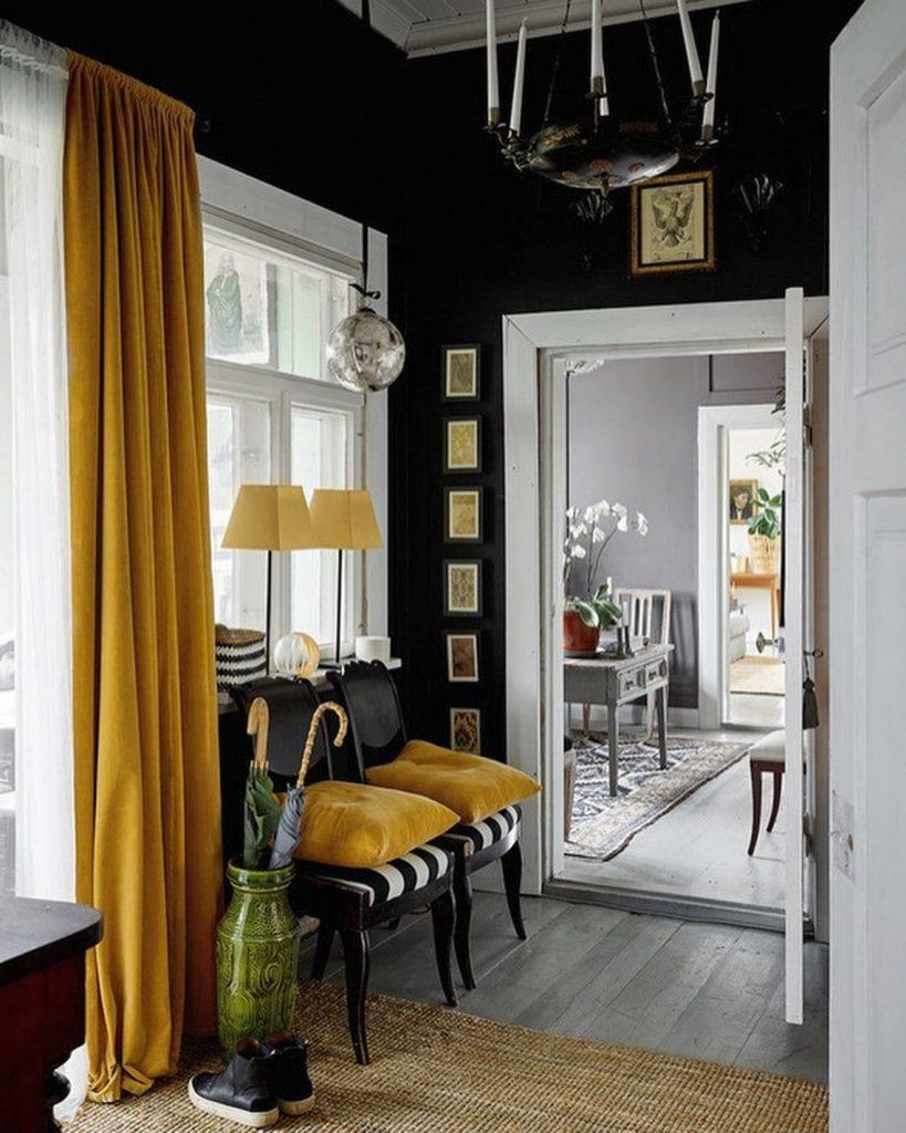 cortinas de terciopelo mostaza